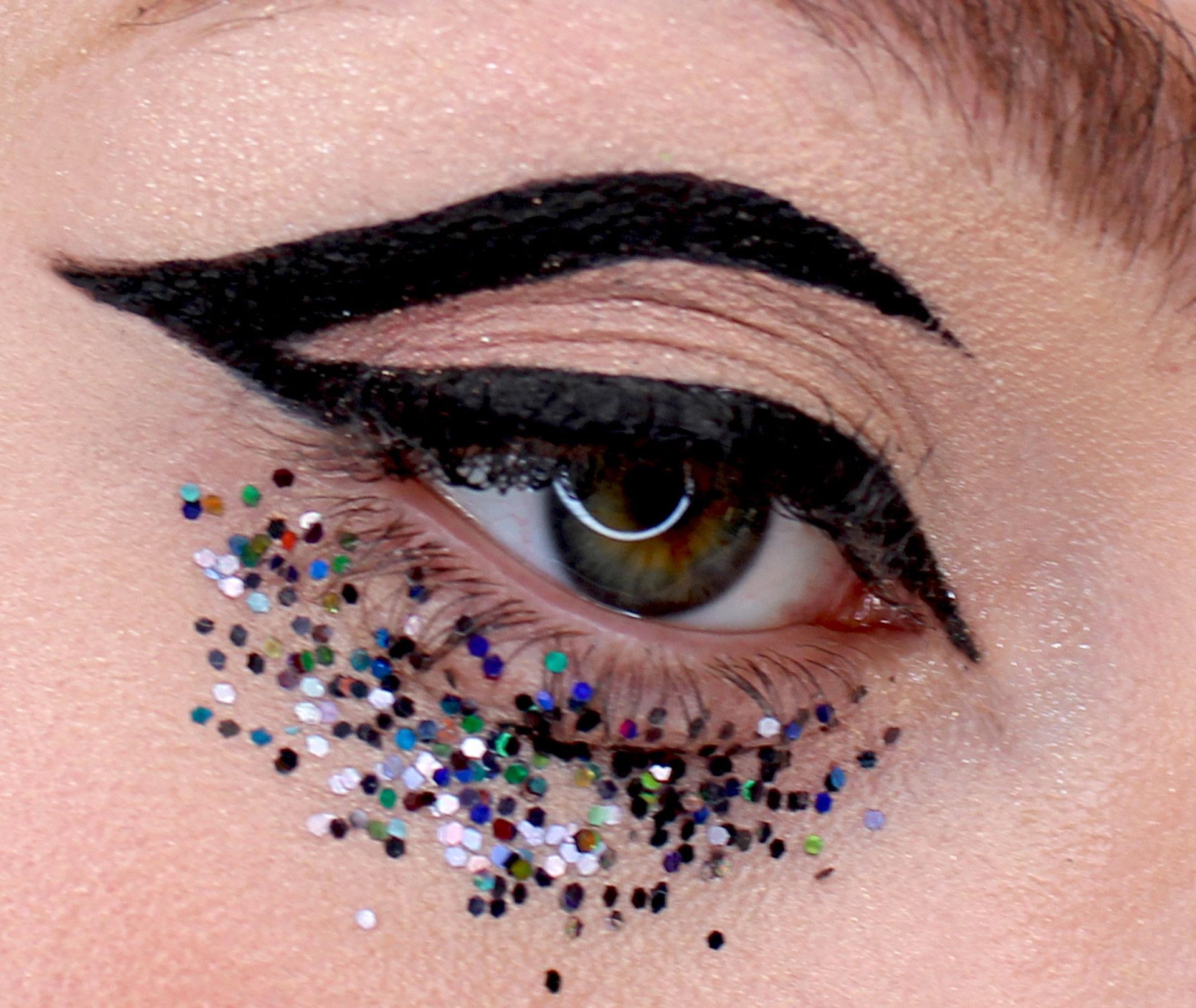 Ideas de maquillaje y peinados de fiesta para Nochevieja